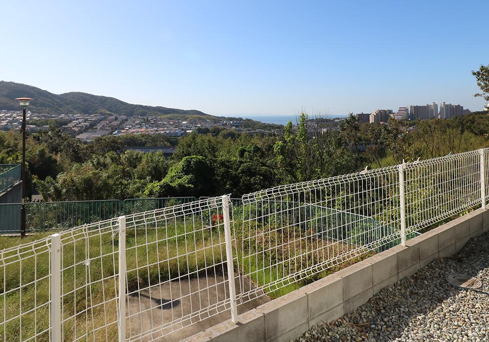 神戸市垂水区 T様邸【フェンスの修繕・物置の交換】 のビフォー画像4