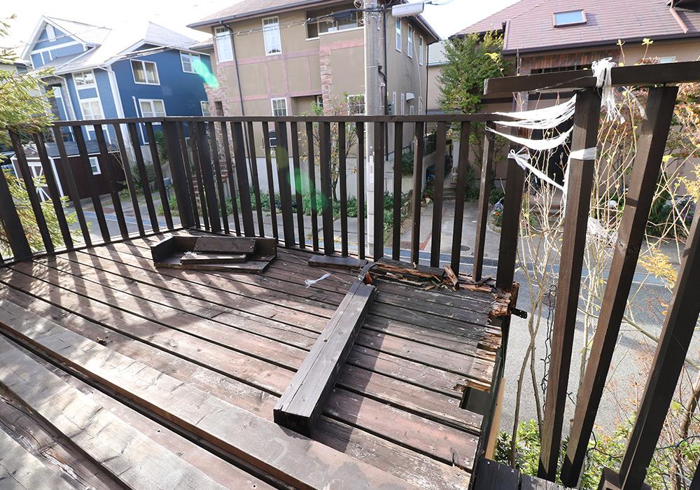 神戸市須磨区 Y様邸【ウッドデッキの修繕】 のビフォー画像1