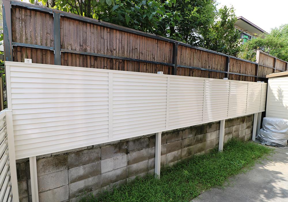 神戸市西区 K様邸【フェンスの修繕】 の工事中画像2