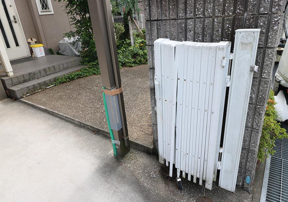 神戸市西区 T様邸【雨樋・伸縮門扉】 のビフォー画像4