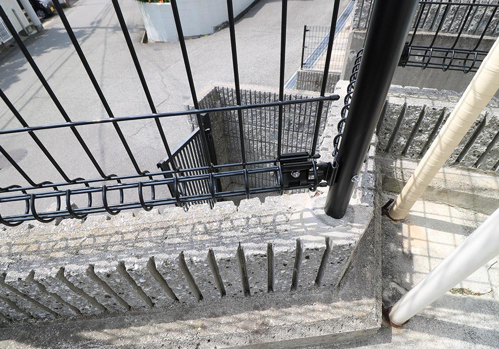 神戸市垂水区 B様邸【フェンスの修繕】 のアフター画像3