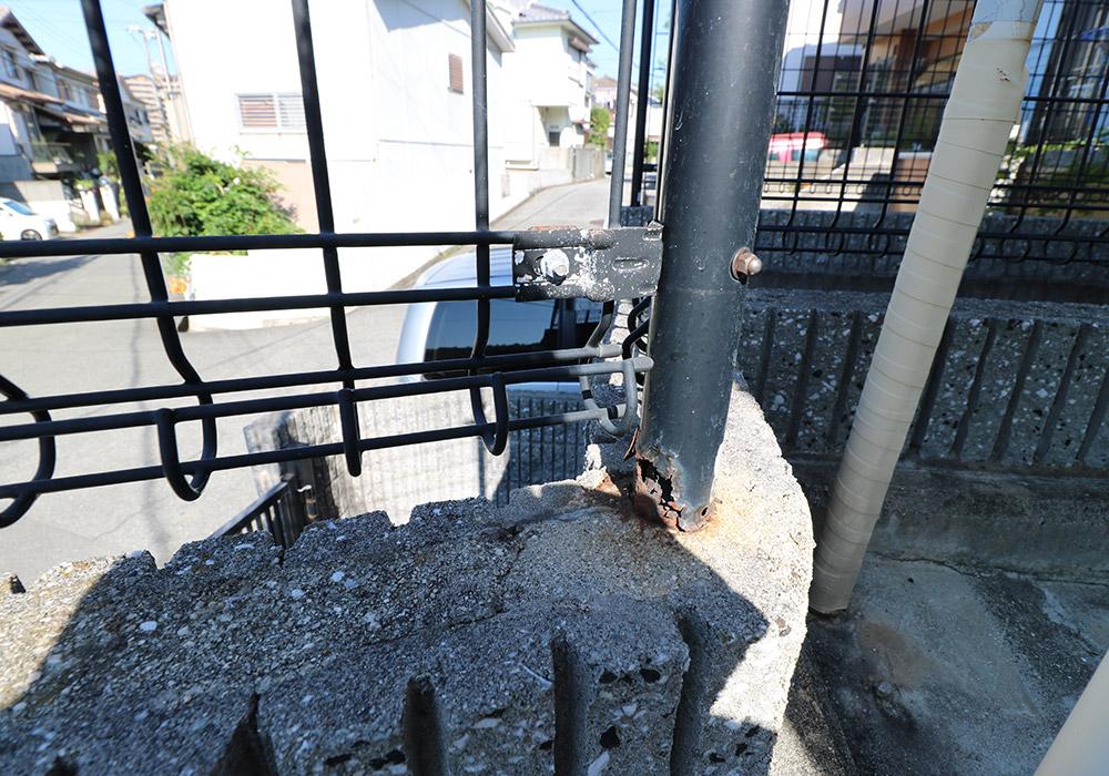 神戸市垂水区 B様邸【フェンスの修繕】 のビフォー画像3