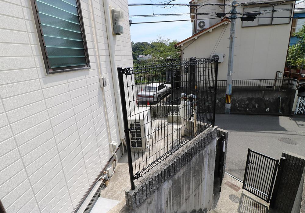 神戸市垂水区 B様邸【フェンスの修繕】 のアフター画像2